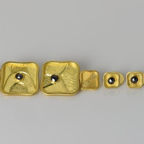 22K GOLD AND BLACK DIAMOND CUFFLINKS & BLACKTIE STUDS